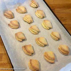 Goose's Feet Cookies baked on a tray
