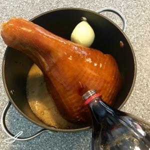 Coca-Cola Ham preparation